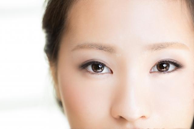 知らないと眉毛が台無しに!眉毛脱毛の種類・注意点とおすすめクリニック6選