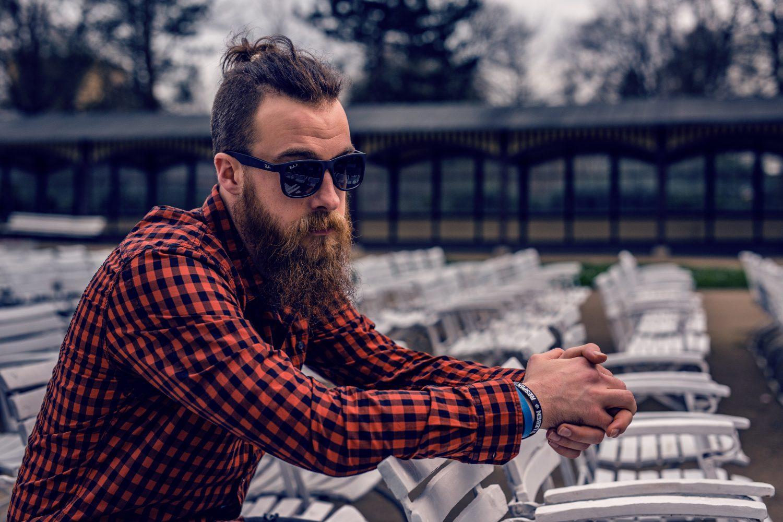 朝髭剃りしても夕方にはひょっこりはん。伸びるの早い髭への効果的な対策