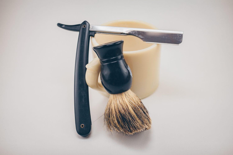 男性も女性も気になる青髭は剃り方が原因?原因別対策と効果的な髭処理方法