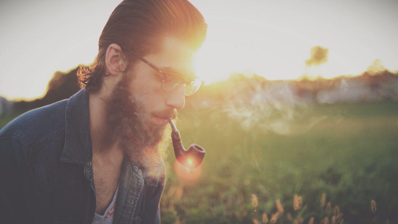 硬い髭はデメリットだらけ。簡単にできる髭を柔らかく薄くする方法は?