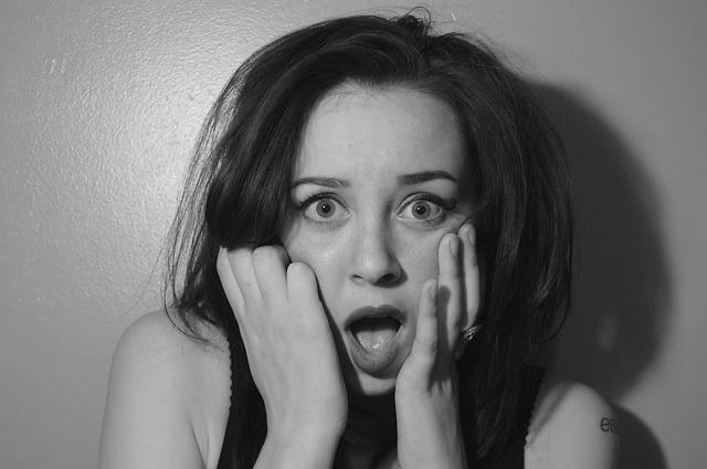 恐怖…ブラジリアンワックスで流血騒動?!セルフ脱毛で失敗しないコツ紹介